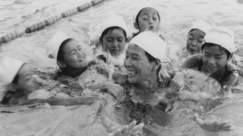 水泳教室・前畑さん02.jpg