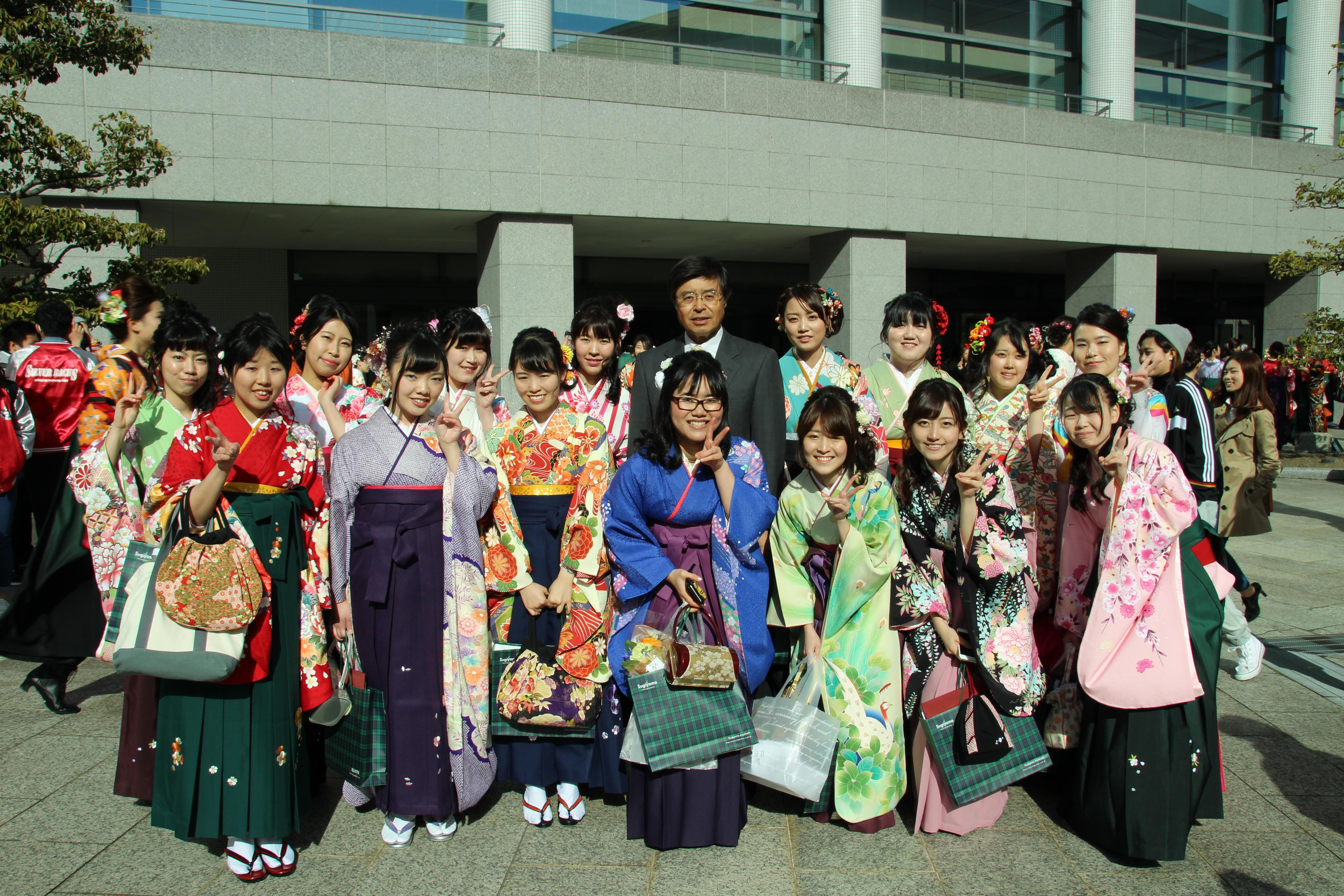 http://tochikubo.ci.sugiyama-u.ac.jp/report/assets/images/IMG_7999.JPG